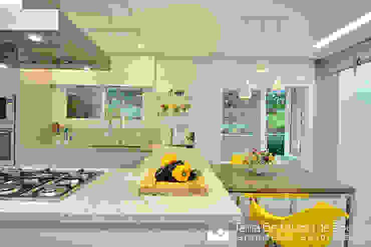 Cozinha + Copacozinha, kitchen, Cozinhas modernas por Tania Bertolucci de Souza | Arquitetos Associados Moderno