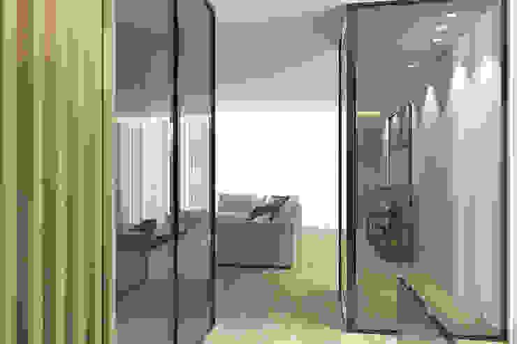 Entrada para a sala 411 - Design e Arquitectura de Interiores Corredores, halls e escadas modernos