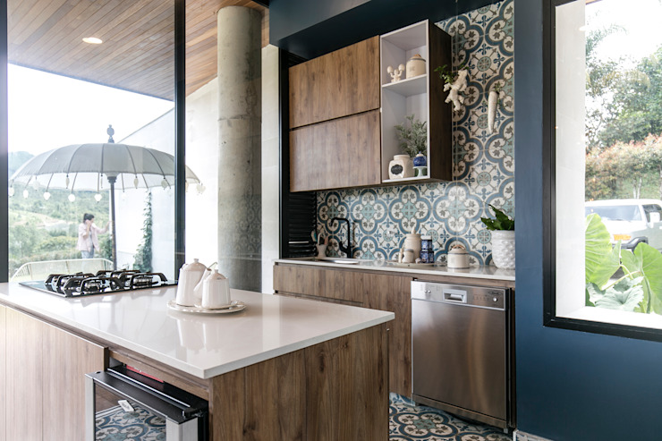 BASSICO ARQUITECTOS Modern kitchen Chipboard