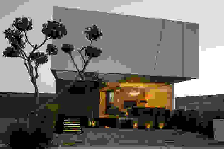 Vista Lateral 21arquitectos Casas de estilo minimalista