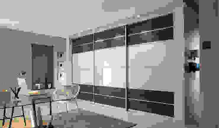 Grey Brown White Sliding Door Wardrobes London: modern  by Metro Wardrobes London, Modern