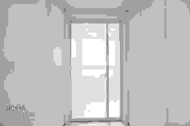 부산 더샵센텀파크 인테리어 – 40평 아파트 인테리어 모던스타일 복도, 현관 & 계단 by 로하디자인 모던