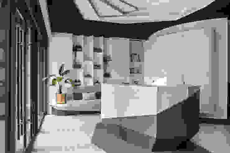櫃台: 不拘一格  by 漢玥室內設計, 隨意取材風