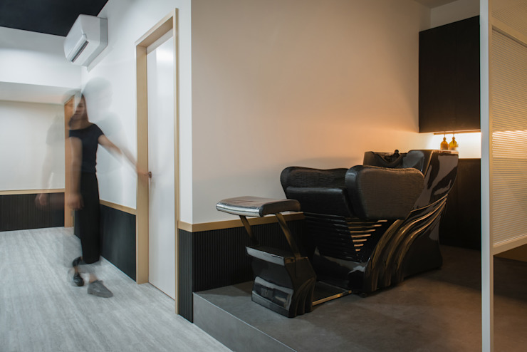漢玥室內設計 Negozi & Locali Commerciali Grigio