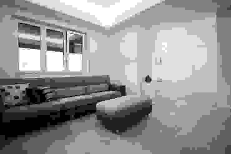 Giuseppe Rappa & Angelo M. Castiglione Modern living room
