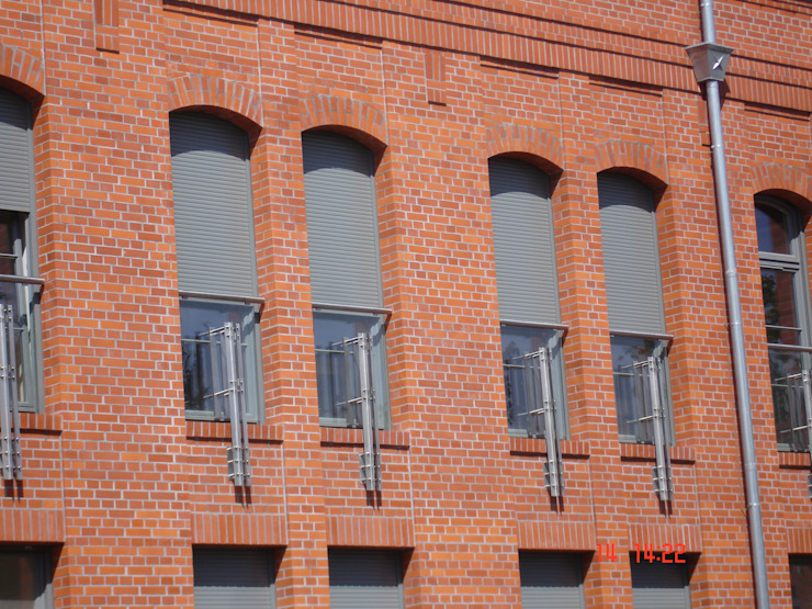 Modern windows & doors by SPIN Bobko i Staniewski sp.j. Modern Aluminium/Zinc