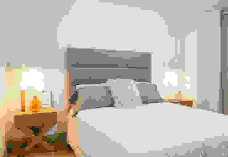 Casa de Tres Scandinavian style bedroom