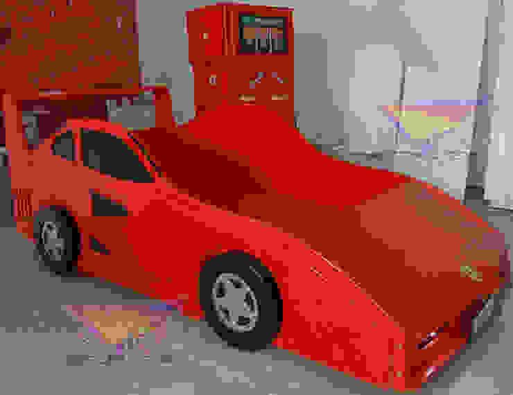 Fabulosa recamara tipo Ferrari de Kids Wolrd- Recamaras Literas y Muebles para niños Clásico Derivados de madera Transparente