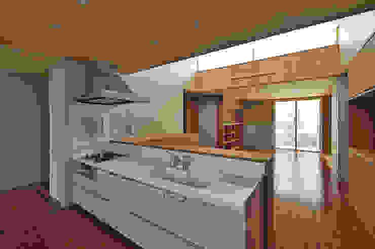 Cuisine moderne par プラソ建築設計事務所 Moderne