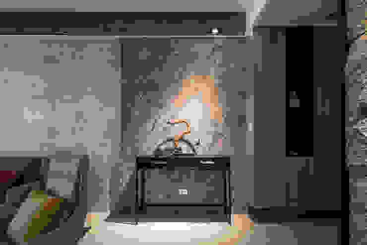 台邦建設-悅世界/丰悅煙景 現代風玄關、走廊與階梯 根據 SING萬寶隆空間設計 現代風