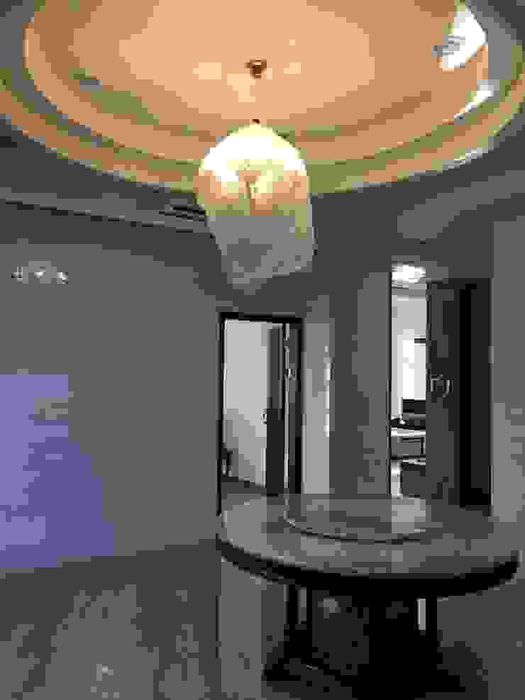 餐廳天花板 根據 houseda 隨意取材風 合板