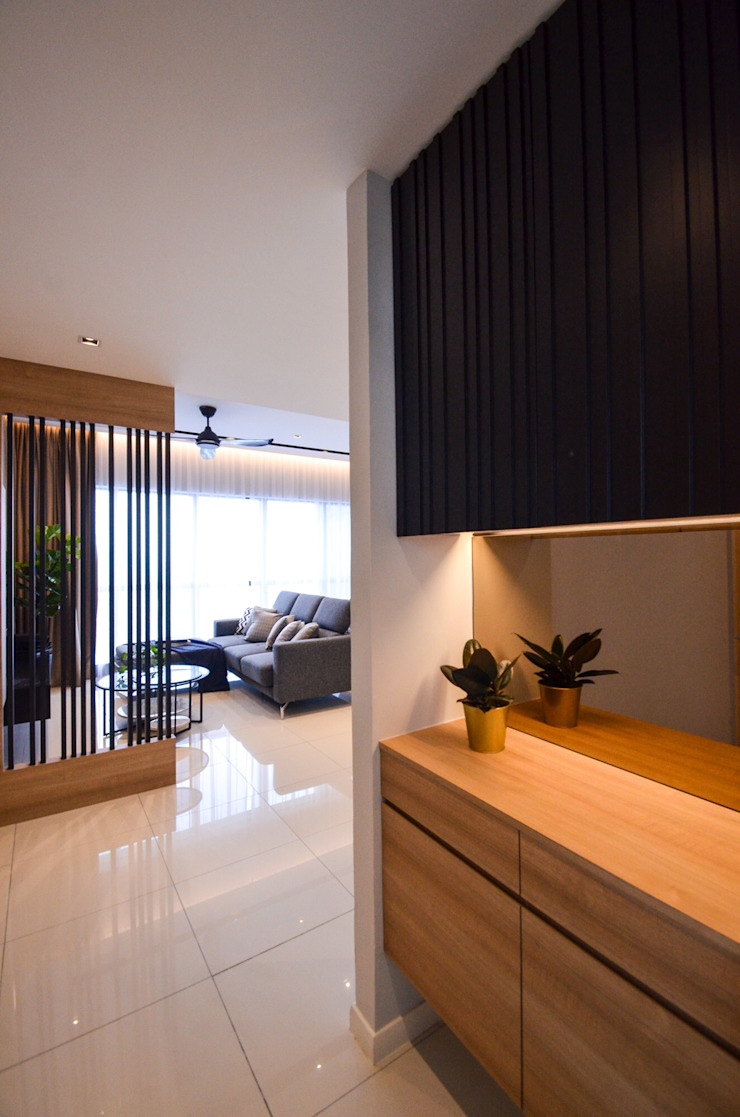 Project Icon Residenz Modern corridor, hallway & stairs by The Chemistry Design Studio Modern Metal