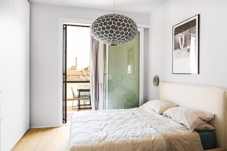 MIROarchitetti Modern style bedroom