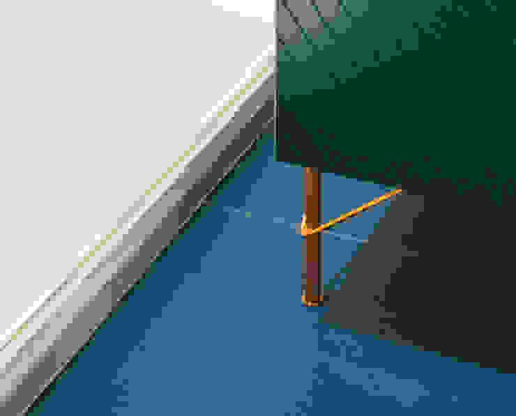 Detalle mueble baño Baños de estilo moderno de nimú equipo de diseño Moderno Azulejos