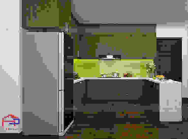Hình ảnh thiêt kế 3D mẫu tủ bếp gỗ sồi mỹ kịch trần nhà anh Đại - An Bình City: hiện đại  by Nội thất Hpro, Hiện đại