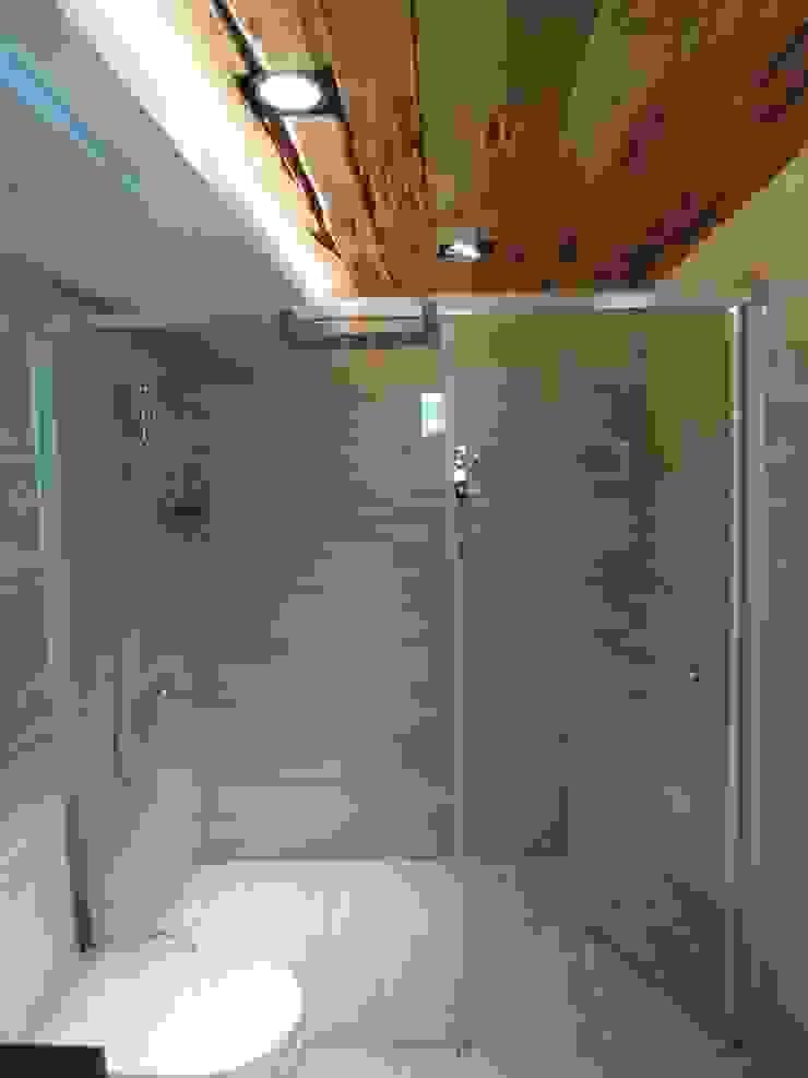 孝親房衛浴 根據 houseda 鄉村風 磁磚