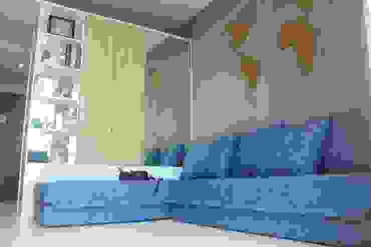 Lexington apartment Ruang Keluarga Modern Oleh POWL Studio Modern