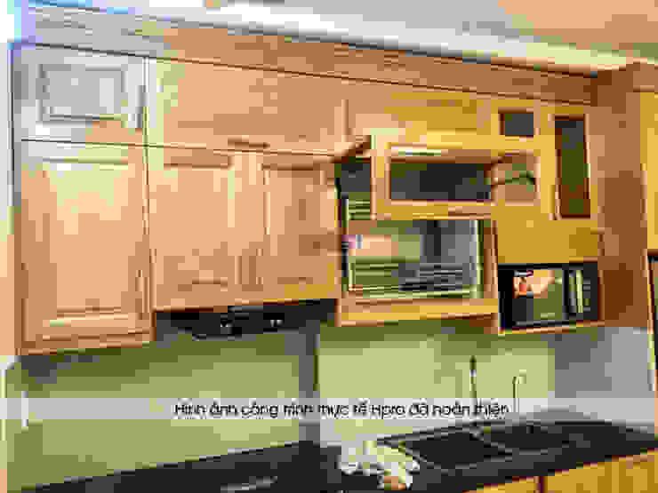 Hình ảnh thực tế mẫu tủ bếp gỗ sồi mỹ tự nhiên nhà chị Hằng - Bắc Ninh: hiện đại  by Nội thất Hpro, Hiện đại