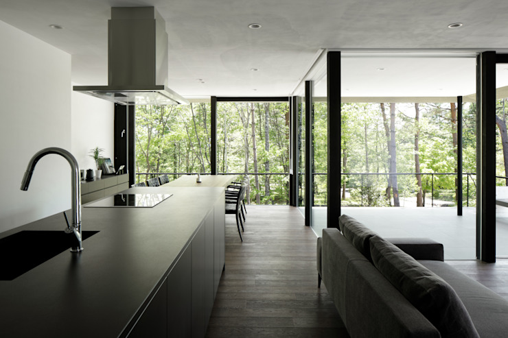 atelier137 ARCHITECTURAL DESIGN OFFICE Cocinas de estilo moderno Cerámico Negro