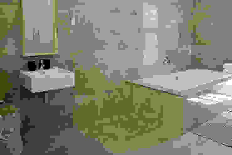 Klassieke badkamers van Barnard & Associates - Architects Klassiek Tegels