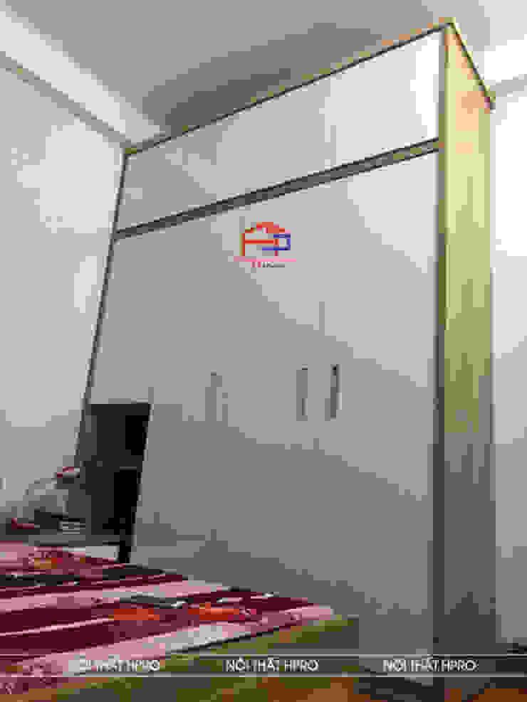 Hình ảnh thực tế nội thất không gian phòng ngủ gỗ melamine nhà chị Vân - Hoài Đức: hiện đại  by Nội thất Hpro, Hiện đại