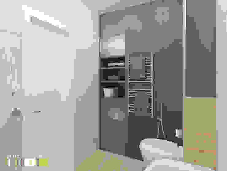 Modern Bathroom by Мастерская интерьера Юлии Шевелевой Modern