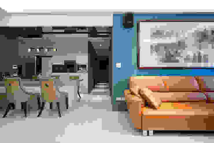 Mr. H案 | 客廳 根據 有隅空間規劃所 古典風