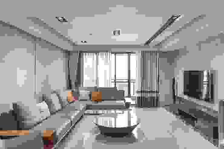 桂田擎天樹-灰之境 现代客厅設計點子、靈感 & 圖片 根據 樸木聯合建築師事務所 現代風