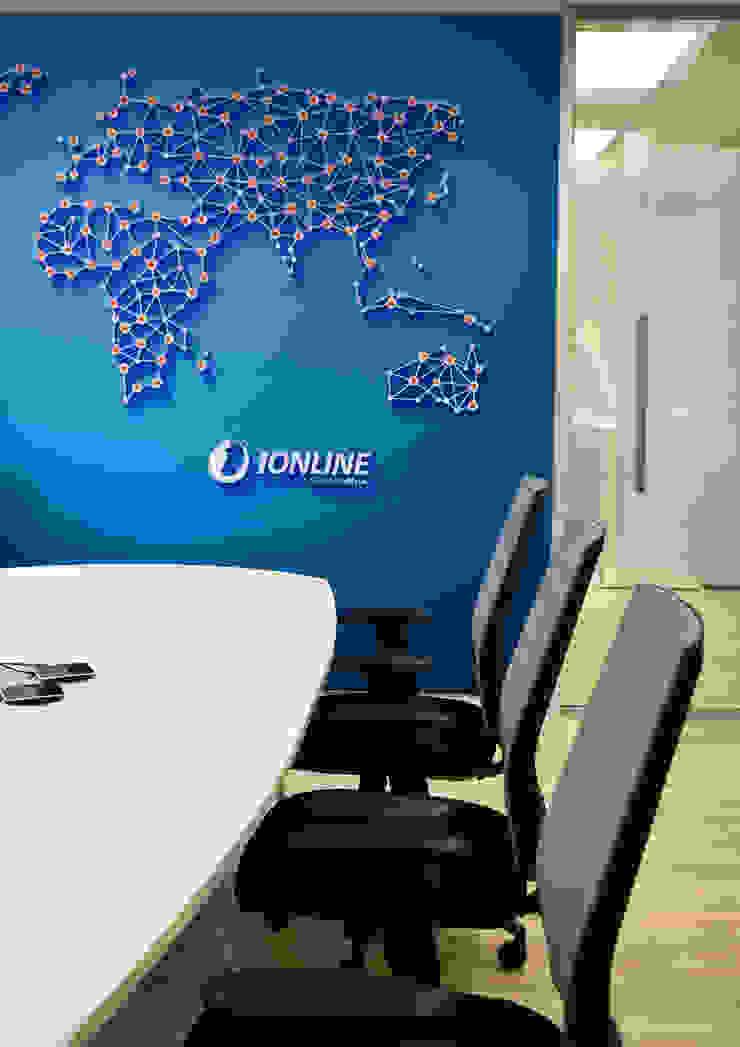 iOnline Office Interior by Mist Interior Studio Modern