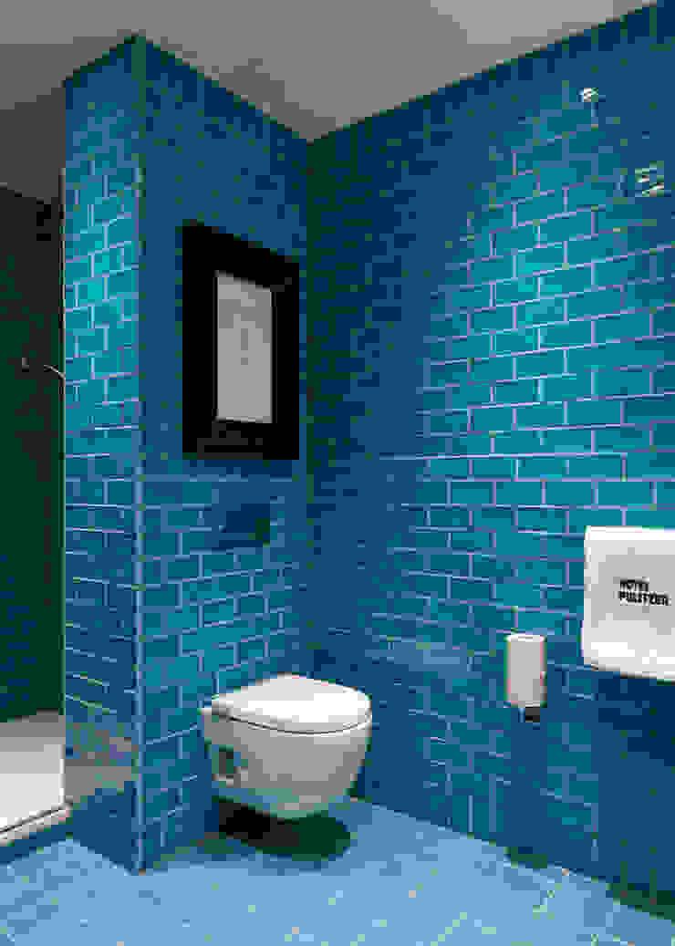 Baño en Hotel Pulitzer ALTBATH COMPANY, SL Hoteles de estilo moderno Azul