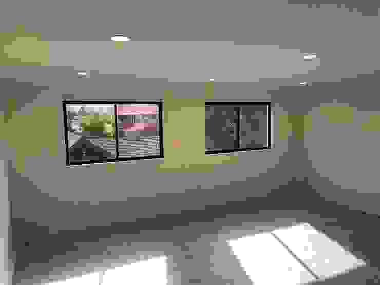 Proyecto de adecuación de terraza y salón de Yoga. Constructora Crowdproject Pisos