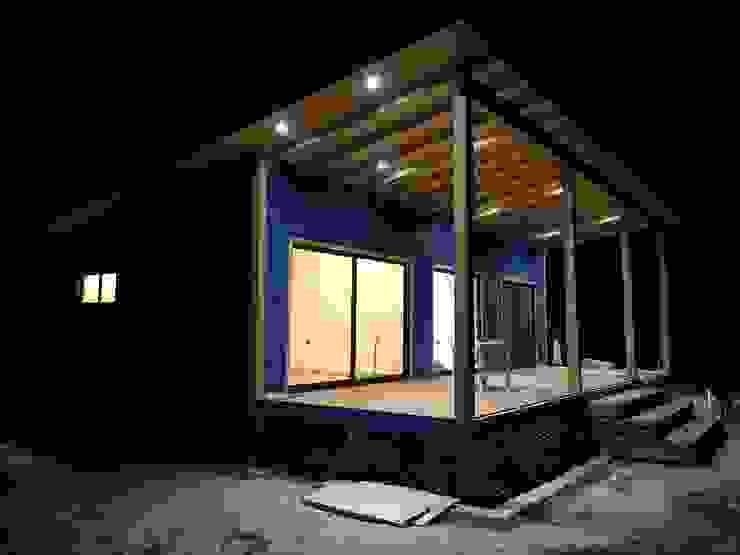 Cabaña Rio Calle Calle, Antilhue Casas estilo moderno: ideas, arquitectura e imágenes de Constructora Crowdproject Moderno