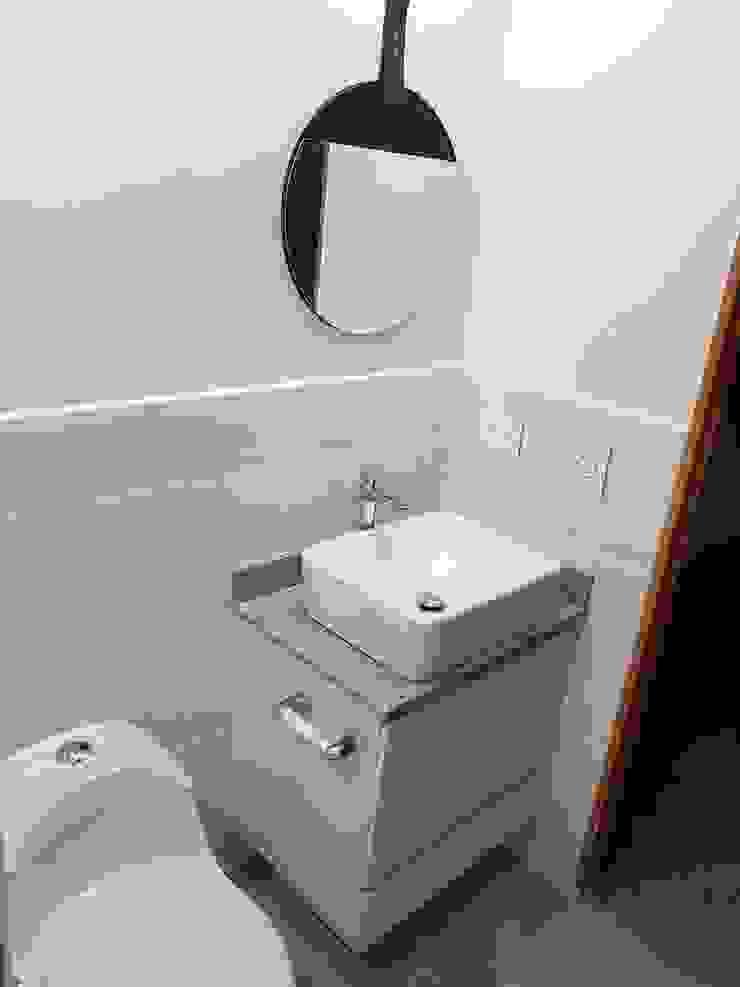 Lavamanos Baños de estilo moderno de Remodelaciones Luján Moderno
