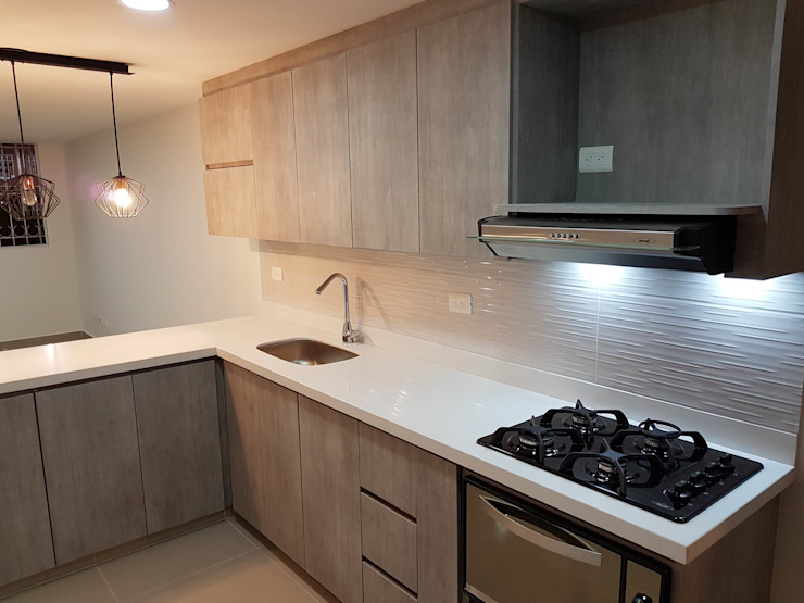 Remodelaciones Luján Built-in kitchens Chipboard Grey