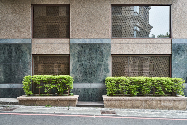 富壁寶鼎珠寶店|FBBD Jeweler 理絲室內設計有限公司 Ris Interior Design Co., Ltd. Office spaces & stores Granite Green