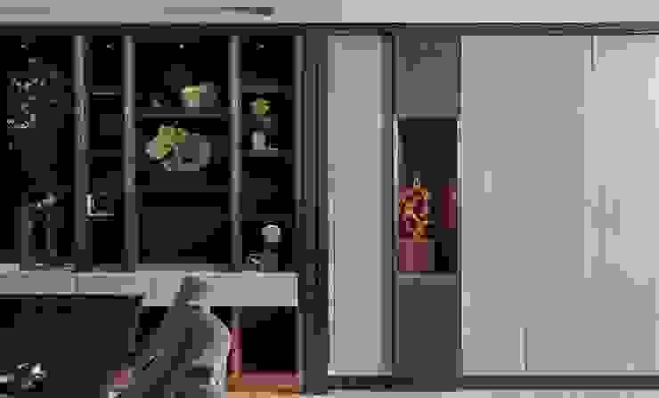 富壁寶鼎珠寶店|FBBD Jeweler 理絲室內設計有限公司 Ris Interior Design Co., Ltd. Office spaces & stores Copper/Bronze/Brass Grey