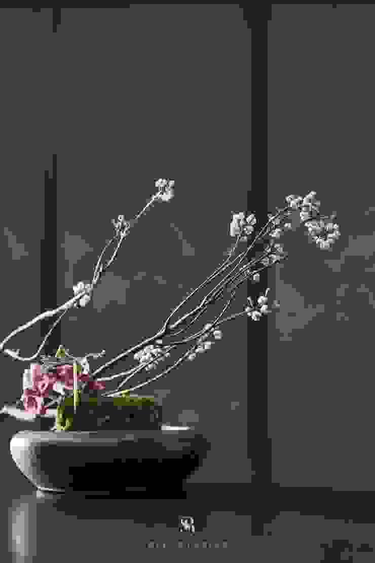 富壁寶鼎珠寶店|FBBD Jeweler 理絲室內設計有限公司 Ris Interior Design Co., Ltd. ArtworkOther artistic objects Copper/Bronze/Brass Grey
