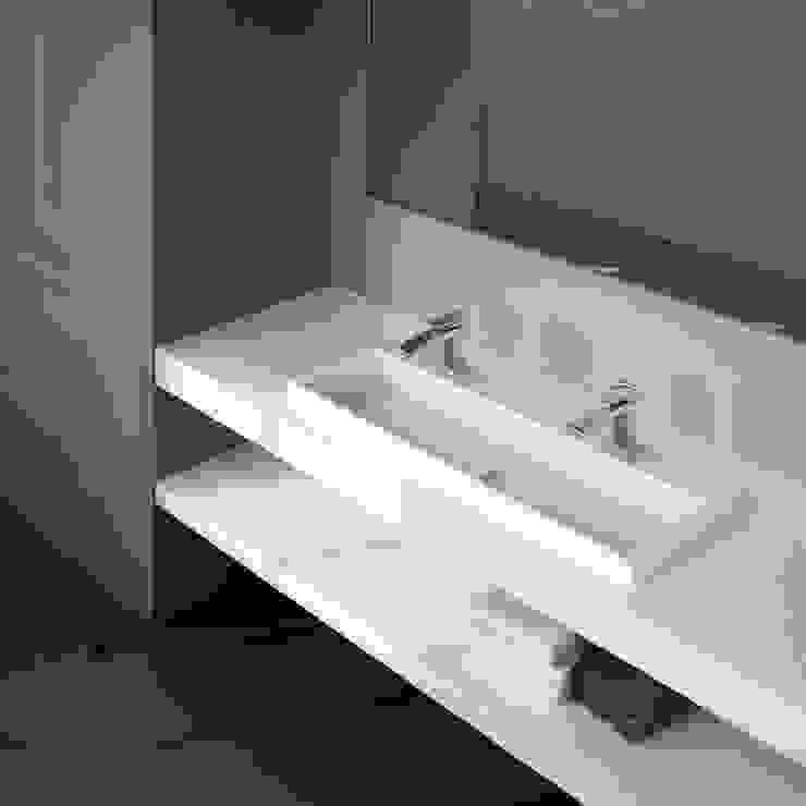 ZICCO GmbH - Waschbecken und Badewannen in Blankenfelde-Mahlow Modern exhibition centres Marble White