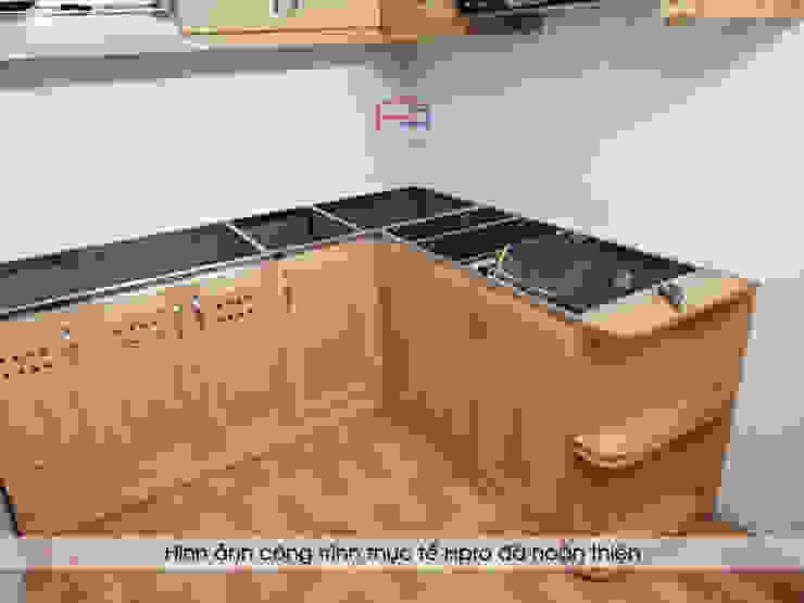 Hình ảnh thực tế bộ tủ bếp gỗ sồi mỹ nhà chú Lập - Hoàng Hoa Thám: hiện đại  by Nội thất Hpro, Hiện đại