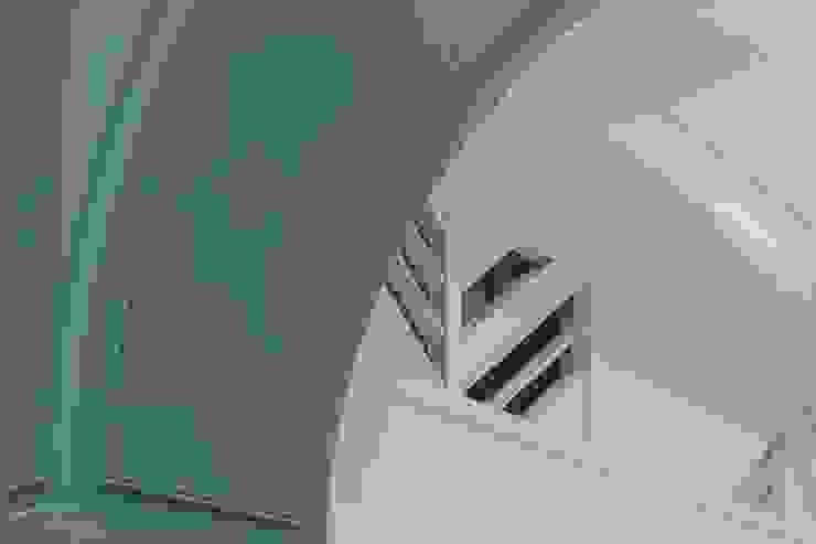 紛染.綿綿|Trochee of Tints 理絲室內設計有限公司 Ris Interior Design Co., Ltd. 牆面 合板 Blue