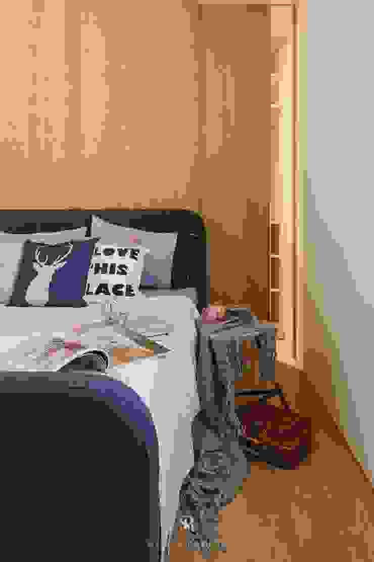 紛染.綿綿|Trochee of Tints 理絲室內設計有限公司 Ris Interior Design Co., Ltd. 小臥室 塑木複合材料 Wood effect