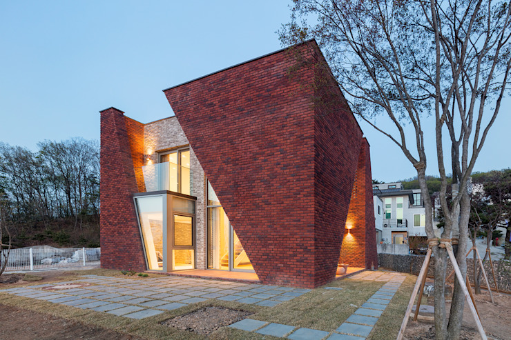 Country house by 큐제이아키텍쳐 QJARCHITECTURE