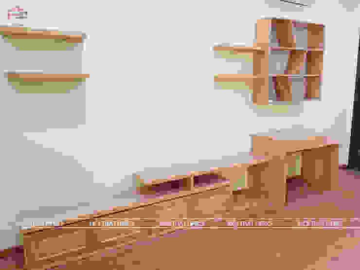 Hình ảnh thực tế kệ tivi gỗ sồi nga nhà cô Thúy - Láng Hạ: hiện đại  by Nội thất Hpro, Hiện đại