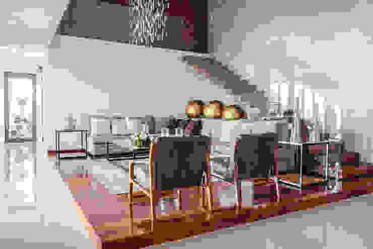 GENETICA ARQ STUDIO 现代客厅設計點子、靈感 & 圖片 Wood effect