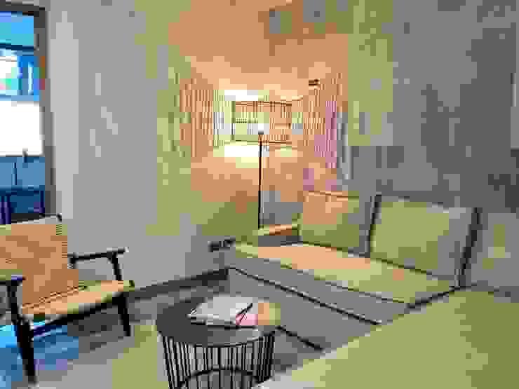 Sala de estar de Estudio Interiorismo Ecléctico