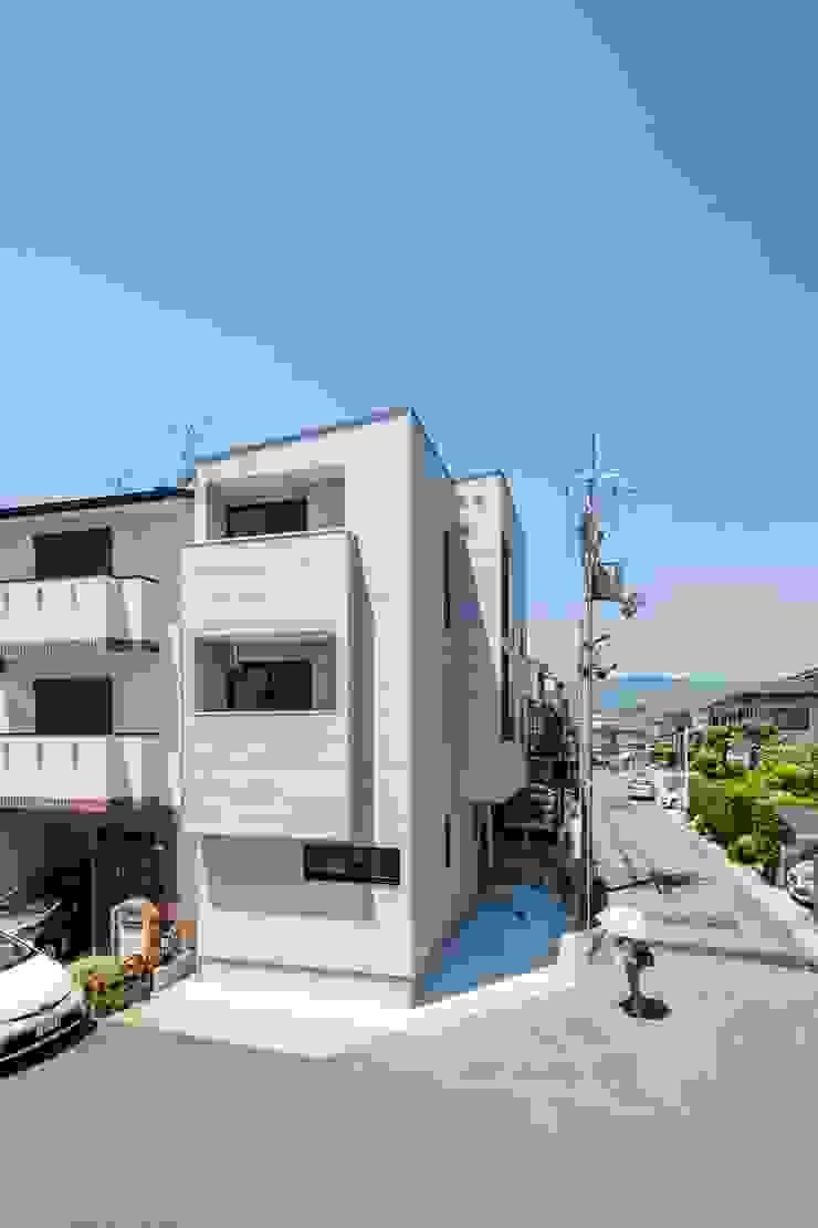 Maisons minimalistes par ALTS DESIGN OFFICE Minimaliste