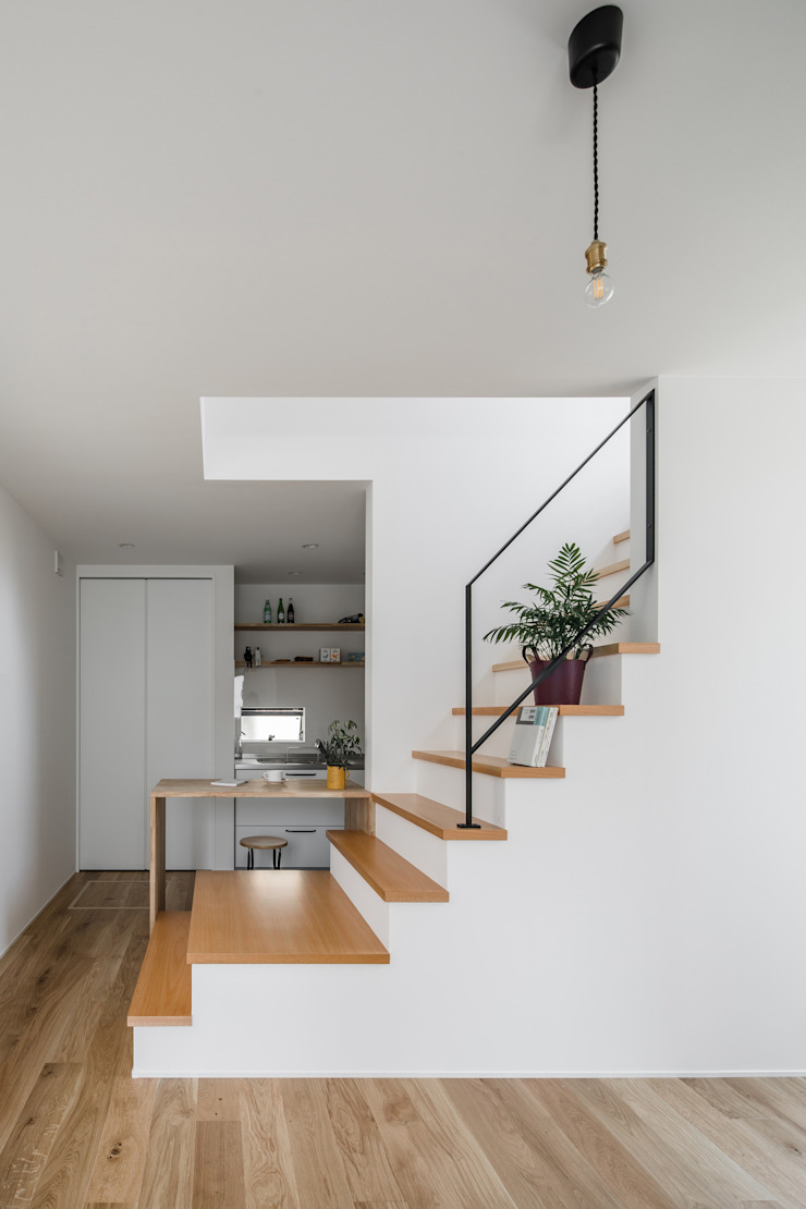 Salle à manger minimaliste par ALTS DESIGN OFFICE Minimaliste