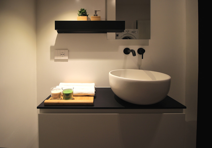 Modern style bathrooms by ALFONSI ARCHITETTURA Modern