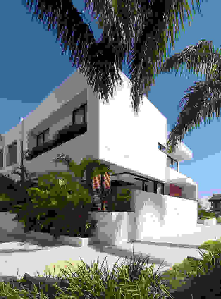 Daniel Cota Arquitectura   Despacho de arquitectos   Cancún Modern houses Concrete White