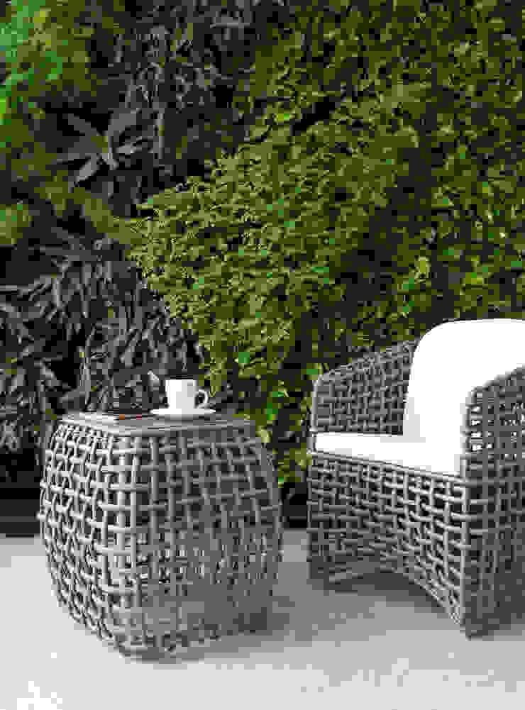 Daniel Cota Arquitectura   Despacho de arquitectos   Cancún Modern balcony, veranda & terrace Slate Grey